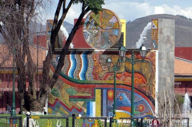 Mercados de Cusco - Fonte em frente ao Centro Artesanal de Cusco