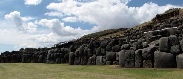 Valle Sagrado - Sacsayhuamán - zigue-zagues
