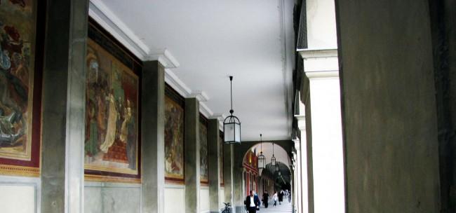 Centro histórico de Munique - Pinturas no Hofgarten
