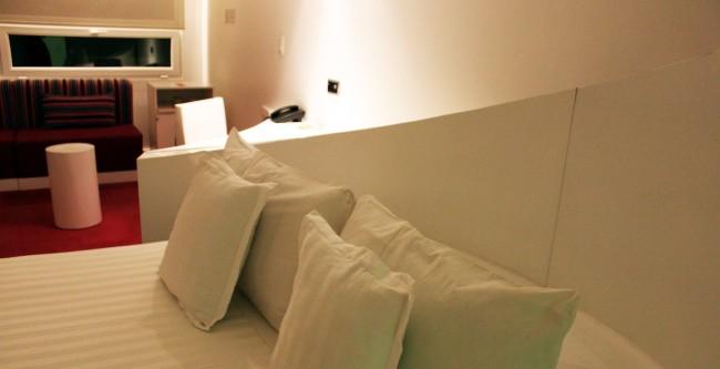 Room Mate Valentina - Cama
