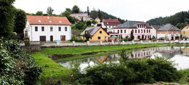 Nove Hrady - Vista da cidadezinha