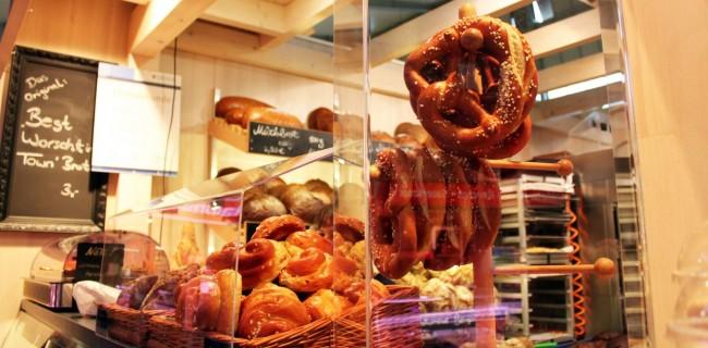 Mercados de Frankfurt - Kleinmarkthalle: Pães alemães