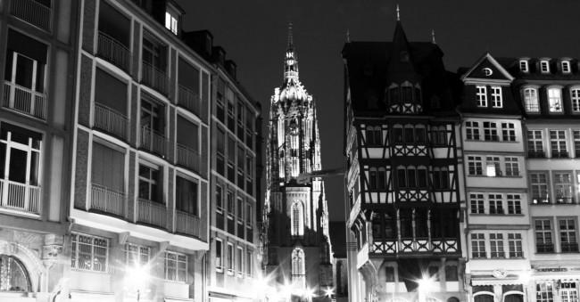 Centro Histórico de Frankfurt - Torre da catedral de frankfurt 1