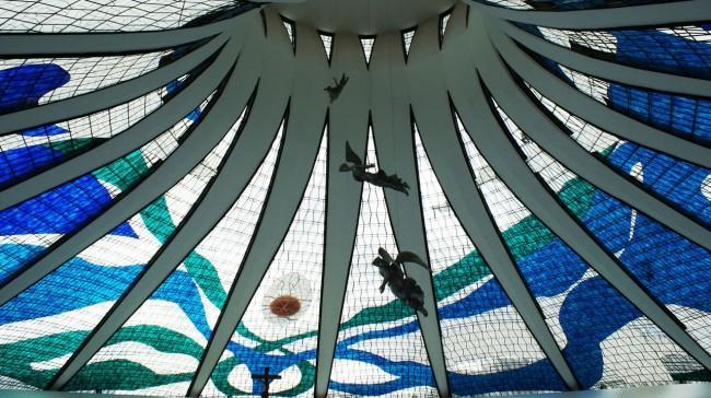 Copa no Brasil - Catedral de Brasilia por dentro