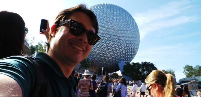 Guia completo de Orlando - Em frente ao Epcot Center