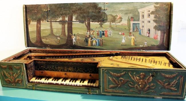 Museu Nacional Germânico de Nuremberg - Antigo piano