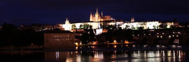 Ponte Carlos em Praga - Vista do Castelo de Praga