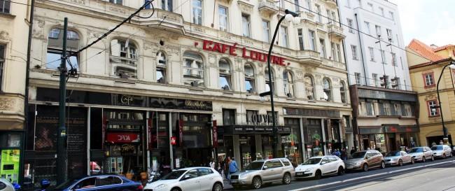 Os melhores cafés de Praga - Café Louvre 1
