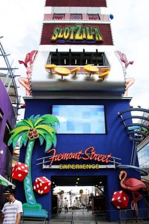 Walking Tour Downtown Vegas - Fremont Experience 2
