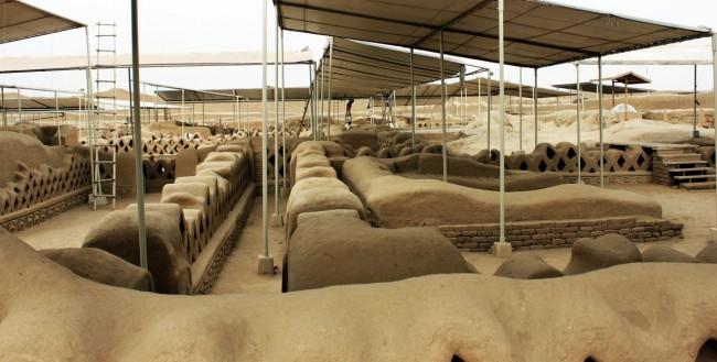 Chan Chan Patrimônio da Unesco - Interior sendo restaurado 3
