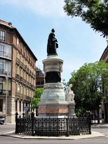 Guia KLM de Madri - Monumento 1