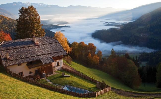 Sundaytalk - San Lorenzo Mountain Lodge 1