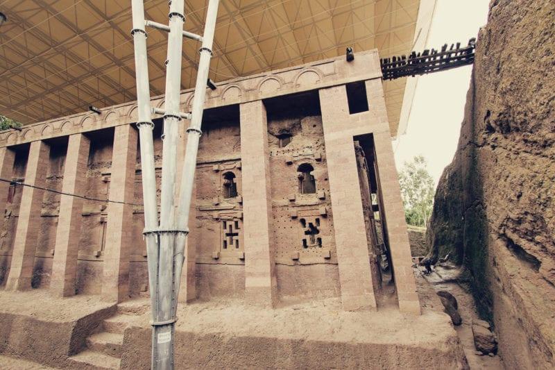 Igreja Bet Medhane Alem, em Lalibela, Etiópia