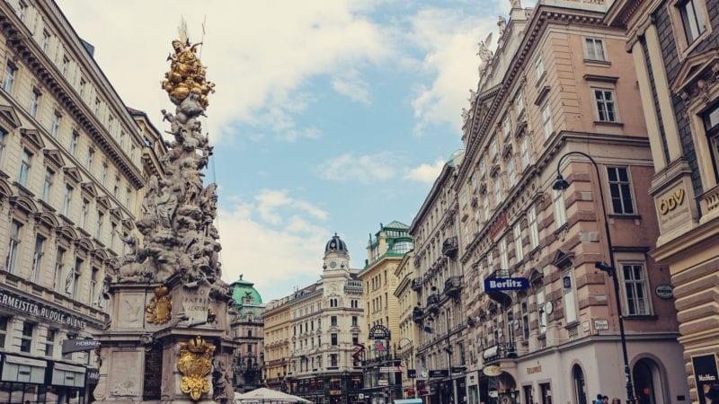 Programas imperdíveis em Viena: compras de luxo