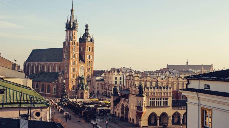 Como chegar em Varsóvia ou Cracóvia, na Polônia