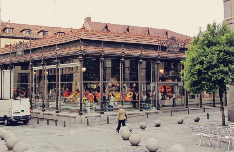 Visitando Plaza Mayor e o Mercado San Miguel em Madri 01