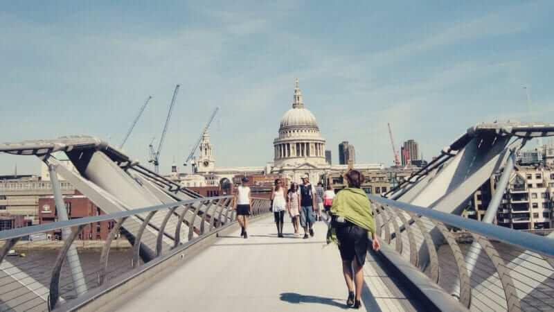 Passeio no Queen's Walk de Londres 09