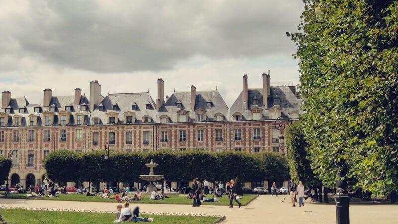 Paris roteiro notre dame ile saint louis e place des vosges 03
