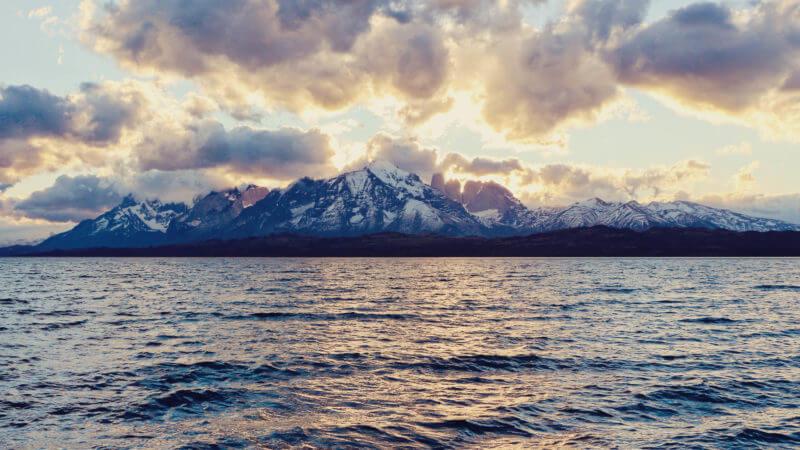 Tierra Patagônia - vista para Torres del Paine